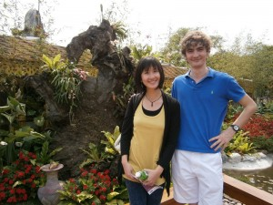 Deux parfaits touristes à la Flora Expo